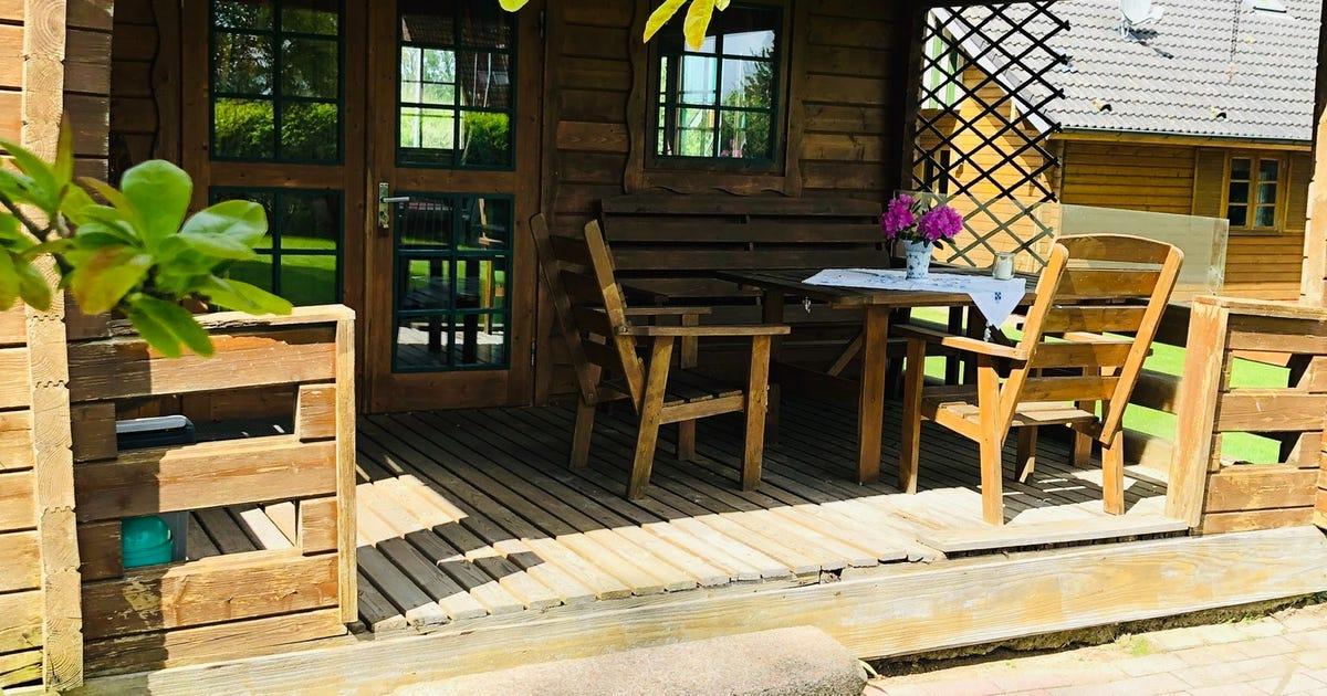 kleines Blockhaus mit Veranda - Wohnungen | Ferienhof-Keske