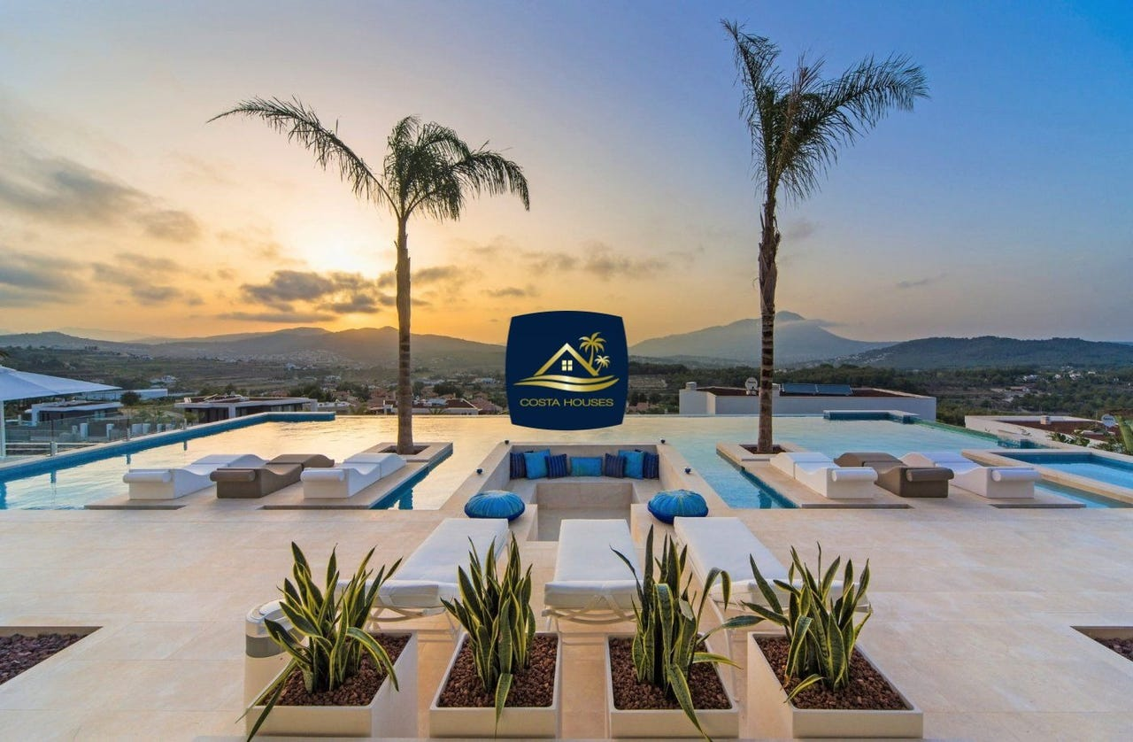 En COSTA HOUSES ® Luxury Real Estate estamos convencidos de que bienes inmuebles en ubicaciones como Javea · Moraira · Denia · Altea · Benissa · Calpe serán una Inversión Segura